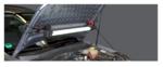 Motorhauben-Leuchte mit Expanderhalterung