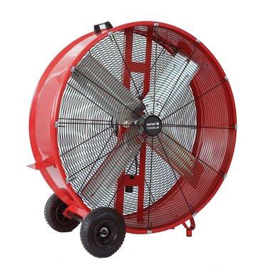 Großer Fan ø 900 mm. Ideal für Kühlung, Lüftung und Trocknung von großen Räumen